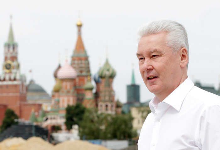 Moscow Mayor Sobyanin inspects construction site of Zaryadye Park, Собянин