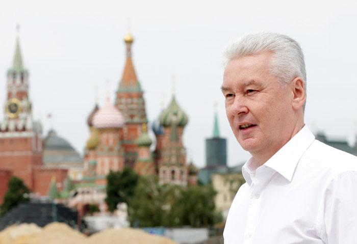 Moscow Mayor Sobyanin inspects construction site of Zaryadye Park, Собянин